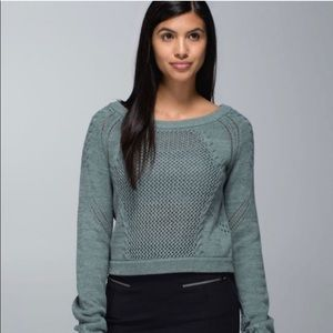 Lululemon Size 8 Be Present Pullover